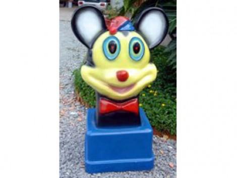 thùng rác hình chuột mickey