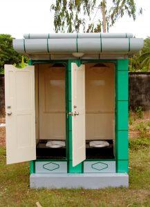 Hướng dẫn lắp đặt và vận hành nhà vệ sinh di động composite